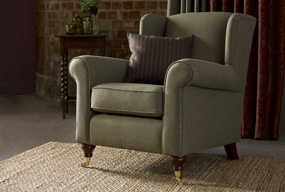 Poppy wing chair 2