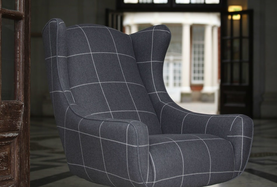 Space swivel wing chair 3